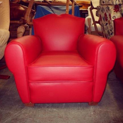 Jplecomte tapisserie - Fauteuil club cuir rouge ...